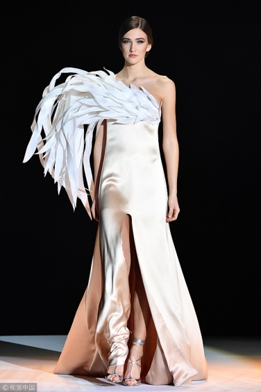 A look from Stéphane Rolland Haute Couture SS18