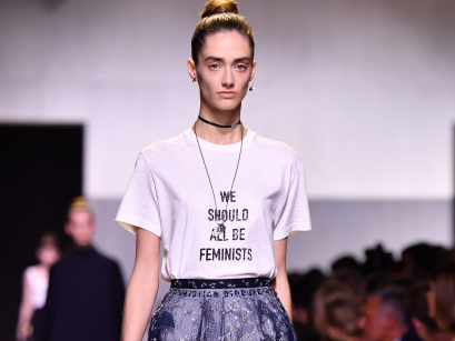 dior-is-selling-a-plain-cotton-t-shirt-that-says-we-should-all-be-feminists-for-710.jpg
