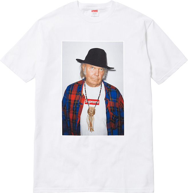 Neil-Young-selling-T-shirts
